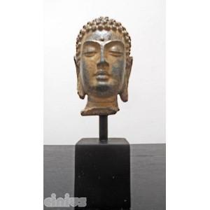 Kopf Buddha mit Unterstützung
