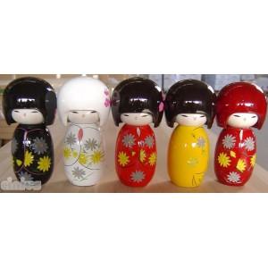 Kokeshi Puppe Figur - Hand in verschiedenen Farben bemalt. 15cm hoch